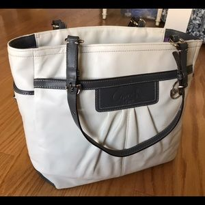 Coach White Leather Pleated Gallery Book Tote